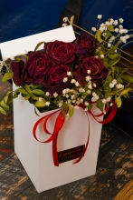 Deluxe Roses Box